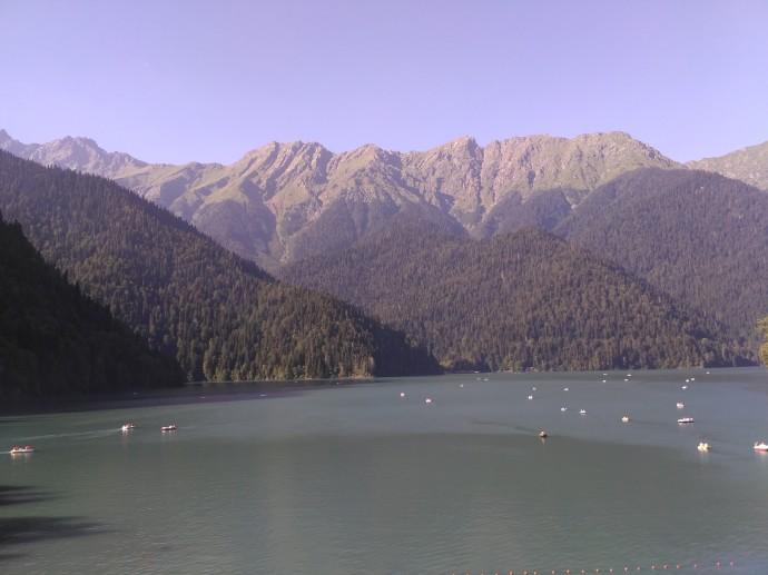 Озеро Рица Абхазия